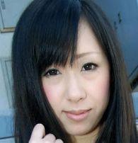 希内りな (きうちりな / Kiuchi Rina)