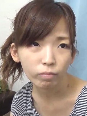 友田さや (ともださや / Tomoda Saya)